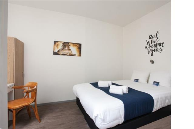 inrichting 2 persoons luxe privé hostel kamer | King's Inn