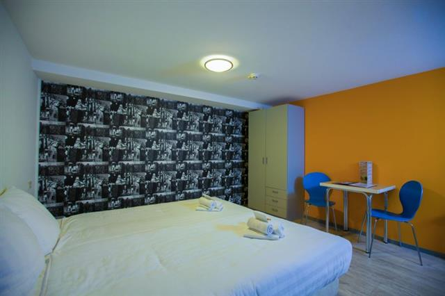 Comfort and privacy in your private hostel room in Alkmaar